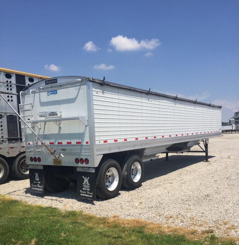 2016 Stoughton SEMI Grain Hopper