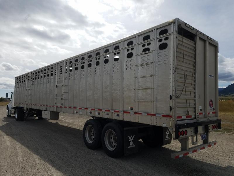 2013 Wilson Trailer Company STRAIGHT FLOOR Livestock Trailer