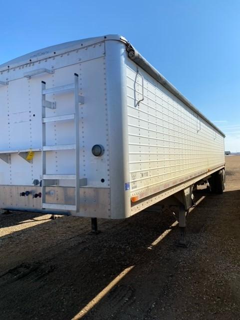 1994 Wilson Trailer Company Semi Grain Hopper