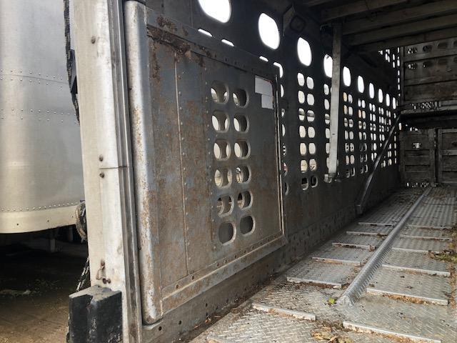 2009 Wilson 53' Quad-Combo Livestock Semi Trailer  Pot Livestock-Semi