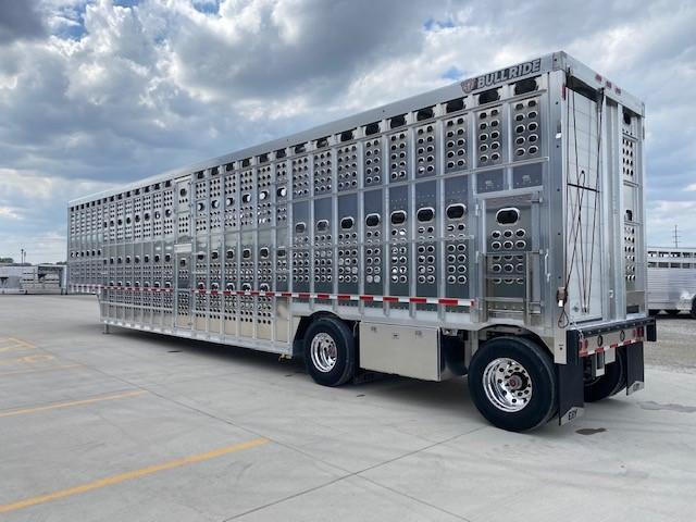 """2022 EBY Bull Ride 53""""x102""""x13'6""""- Hog Friendly"""