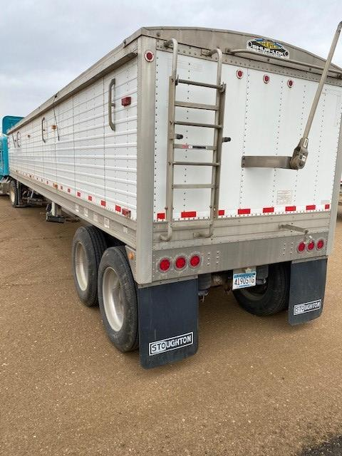 2009 Stoughton Semi Grain Trailer Grain Hopper