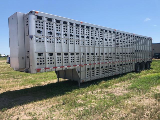 2011 EBY Bull Ride Livestock Trailer