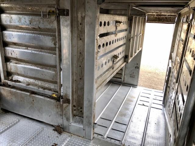 2016 EBY Bull Ride Livestock