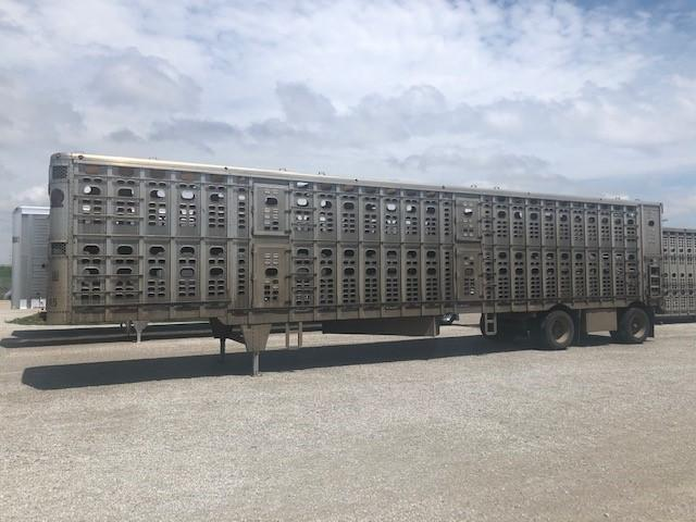 2006 Wilson Trailer Company Drop Floor Livestock Trailer