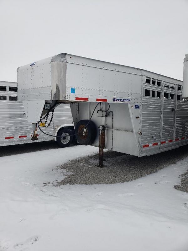"""2015 EBY Ruff Neck 32'x8'x6'6"""" Livestock Trailer"""