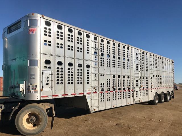 2011 Wilson 53' Quad Livestock Semi Trailer