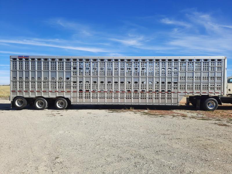 2019 EBY BULL RIDE Livestock Trailer