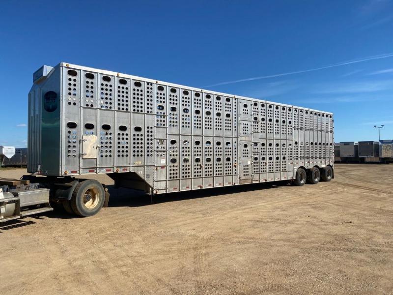 2016 Merrit Trailers GOLDLINE Livestock