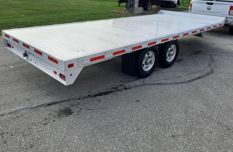 """2018 EBY 20'X102"""" Deck Over- Straight"""