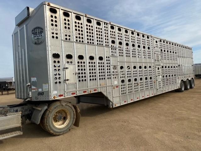 2016 Merrit Trailers DDL Livestock