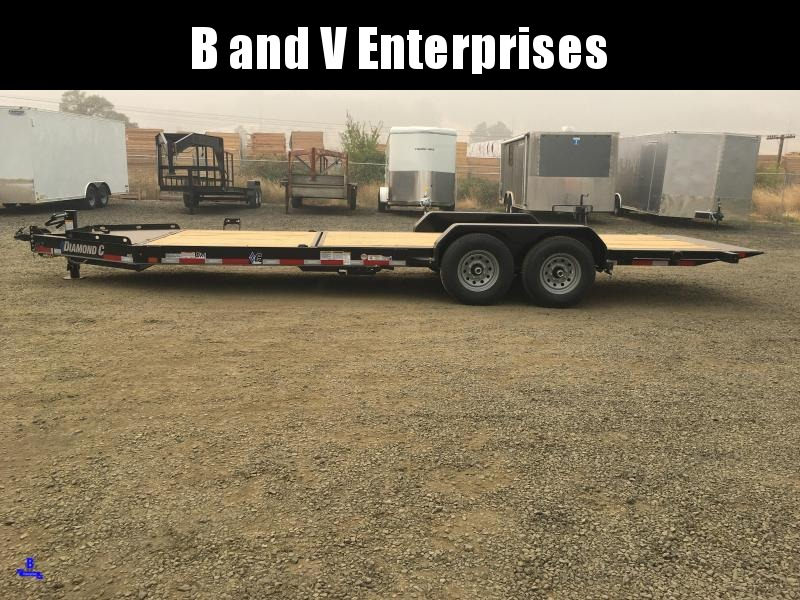 2021 DIAMOND C HDT207 82X22 SPLIT TILT EQUIPMENT TRAILER