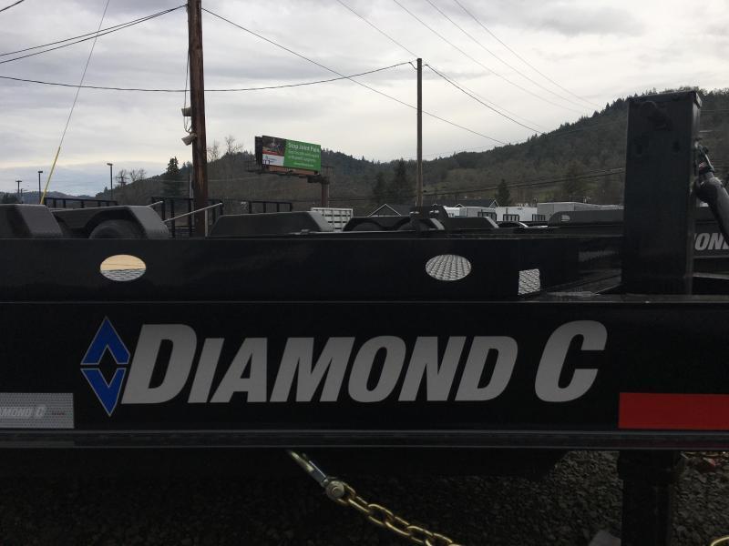 2021 DIAMOND C HDT207 82X22 SPLIT TILT UPGRADED WHEELS/TIRES EQUIPMENT TRAILER