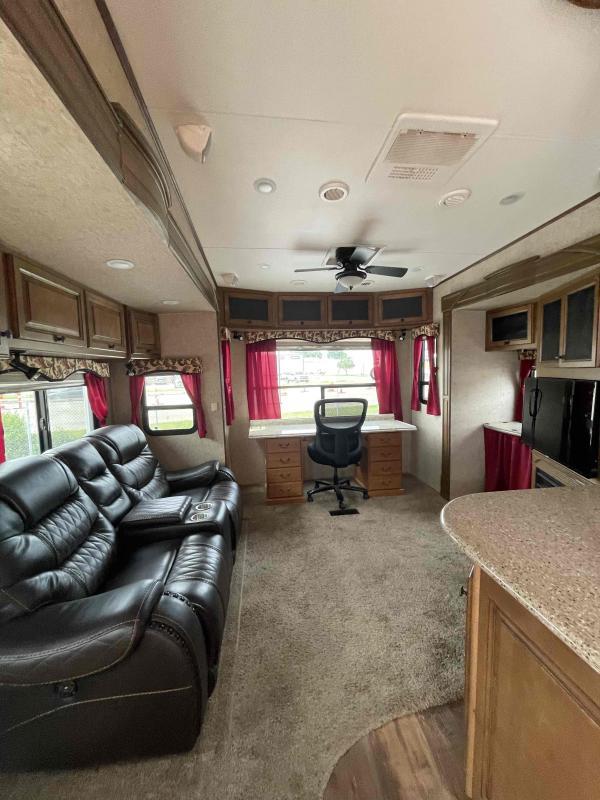 2012 Heartland RV Bighorn 3455RL Fifth Wheel Campers RV