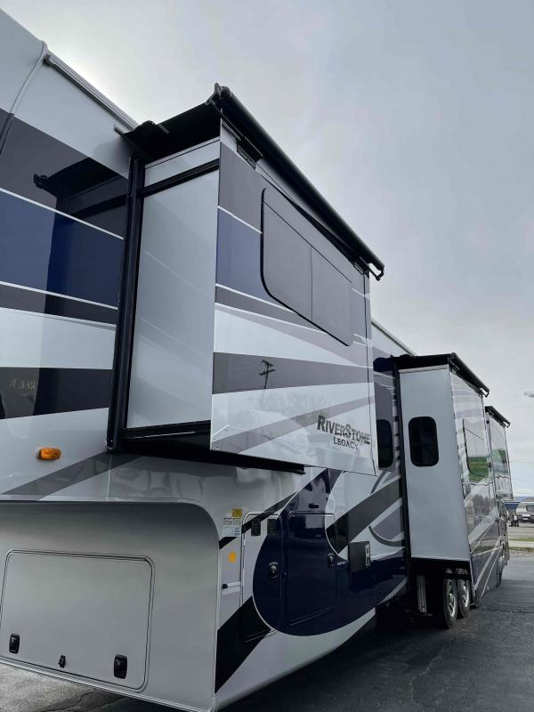 2021 Forest River, Inc. Riverstone 42FSKG Fifth Wheel Campers RV