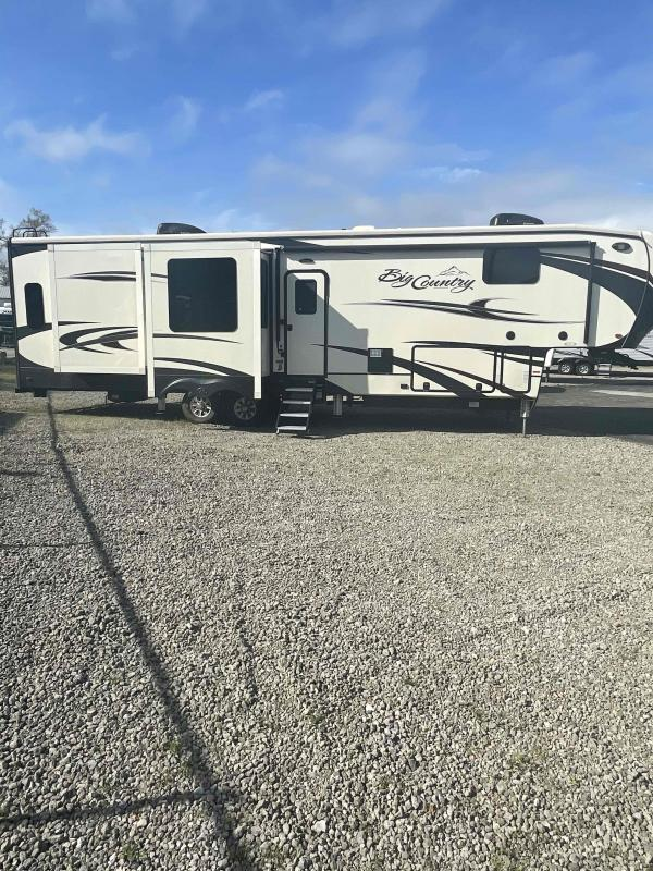 2017 Heartland Recreational Vehicles Big Country 3695DSS Fifth Wheel Campers RV