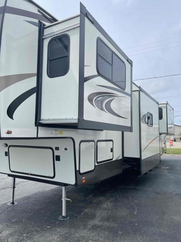 2021 Forest River Inc. Wildwood Heritage Glen Elite 36FL Fifth Wheel Campers RV