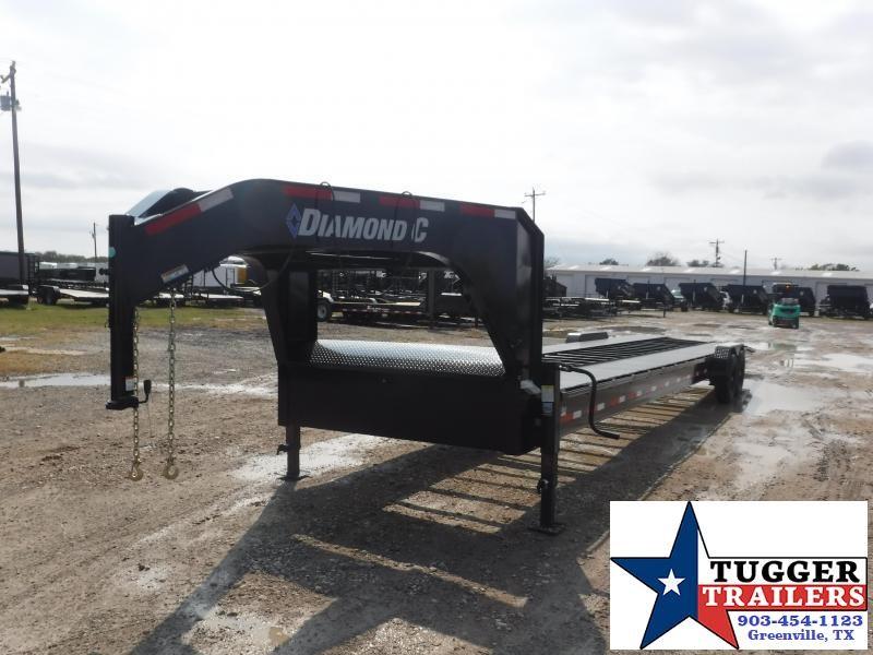 2021 Diamond C Trailers 82x38 MVC GN Car / Racing Trailer
