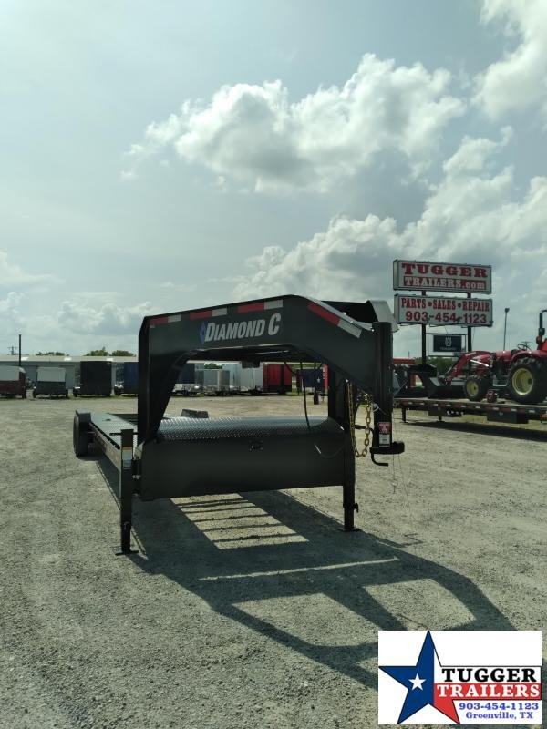 2020 Diamond C Trailers 82x36 36ft Auto Mobile Open Classic Flatbed Toy Car / Racing Trailer