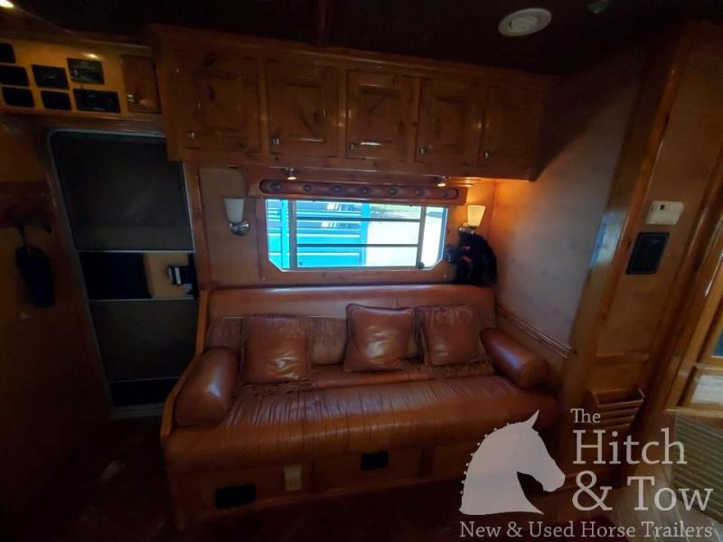 2006 4-Star Trailers Deluxe Horse Trailer