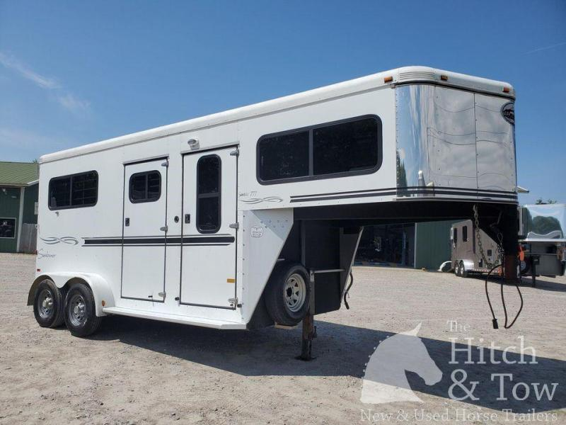 2005 Sundowner Trailers Sundowner Horse Trailer