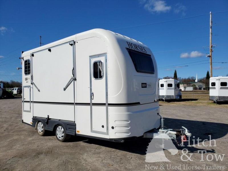 2016 Other Equi-Trek Show-Treka Horse Trailer