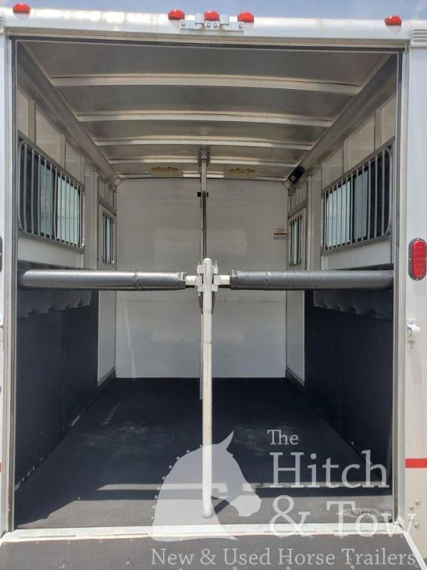 2013 Sundowner Trailers Charter SE Horse Trailer