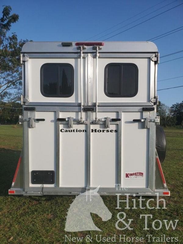 2021 Kingston Trailers Inc. Classic Elite Horse Trailer