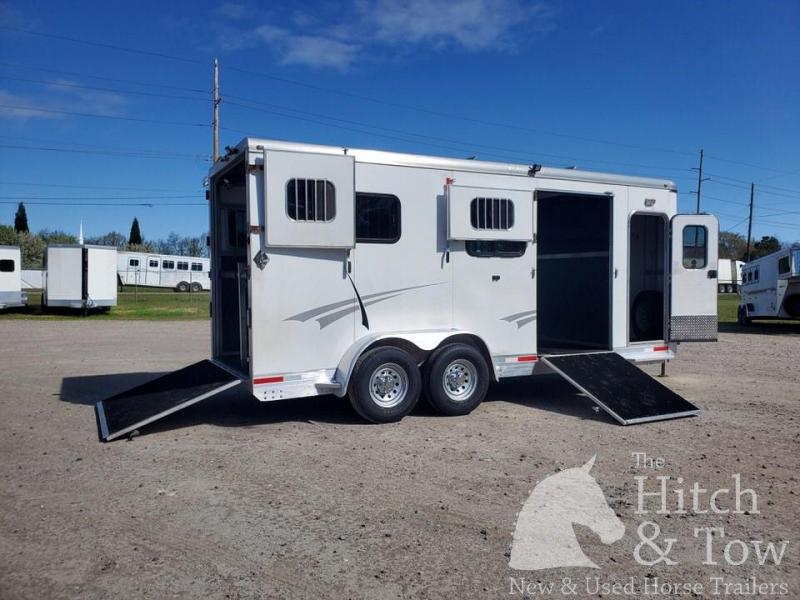 2013 Shadow Trailers Select Horse Trailer