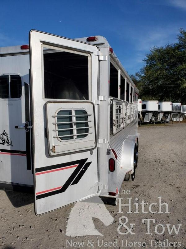1993 4-Star Trailers Deluxe Horse Trailer