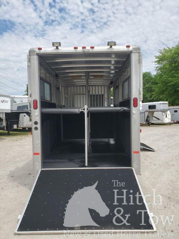 2011 Sundowner Trailers SunLite 777 Horse Trailer