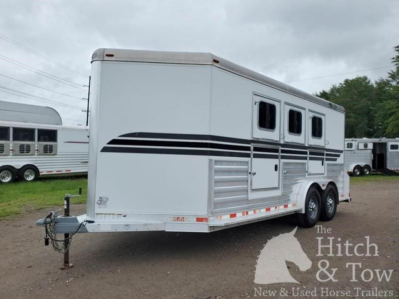 2008 4-Star Trailers Deluxe Horse Trailer