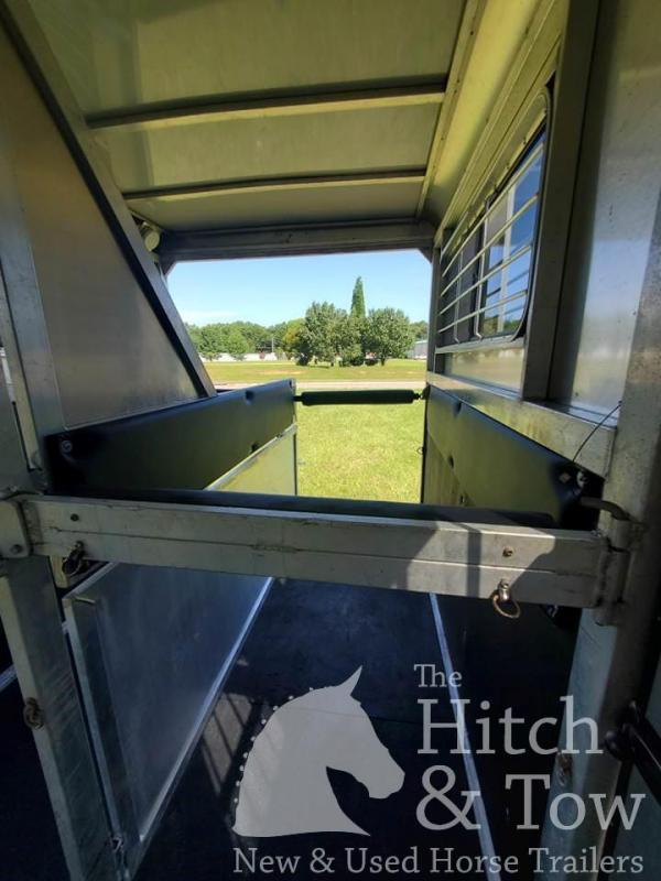 2018 Kingston Trailers Inc. Endurance Horse Trailer