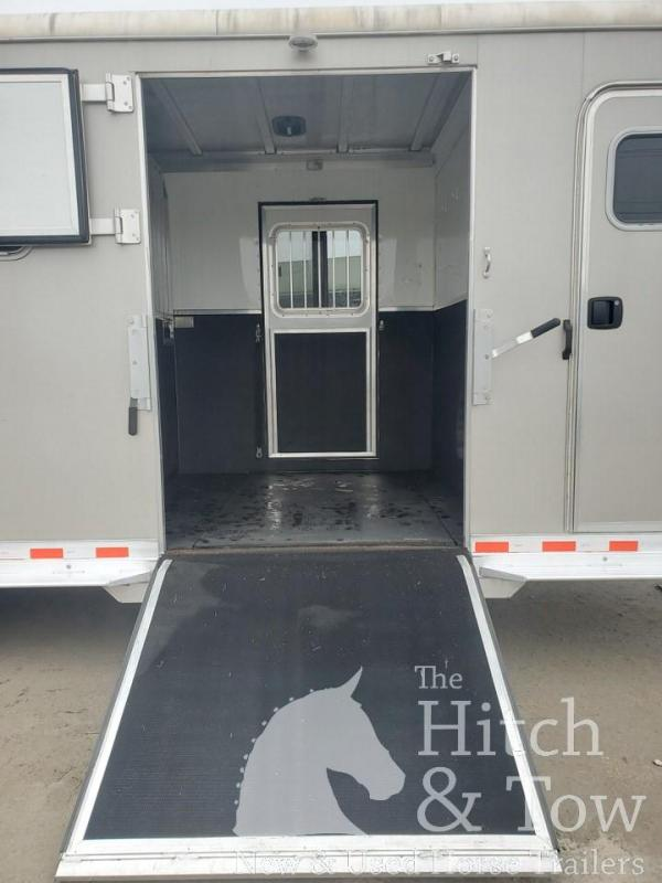 2016 Kiefer Built Kiefer Horse Trailer