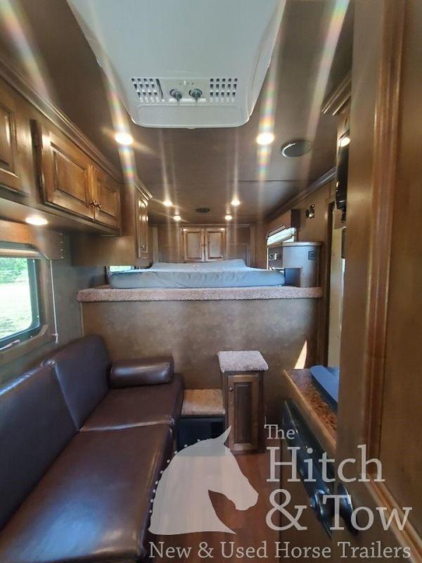 2016 Sundowner Trailers Horizon 6906 RS Horse Trailer
