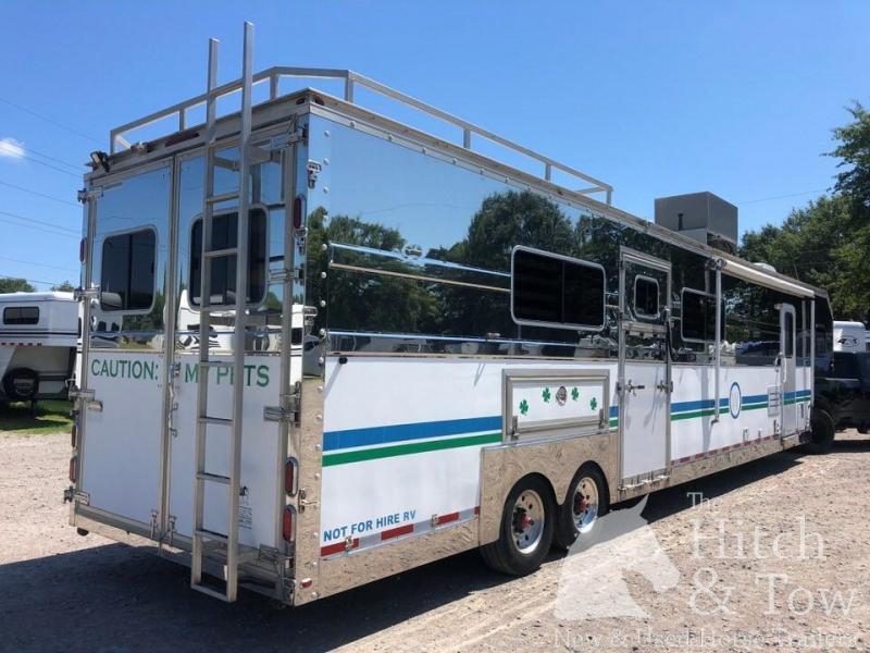2009 Pegasus Vans and Trailers Pegasus Horse Trailer