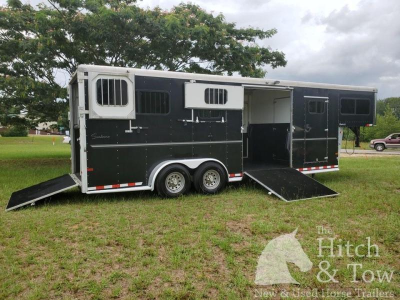 2014 Sundowner Trailers Charter SE Horse Trailer