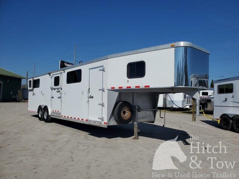 2008 Keifer Built Kiefer Horse Trailer