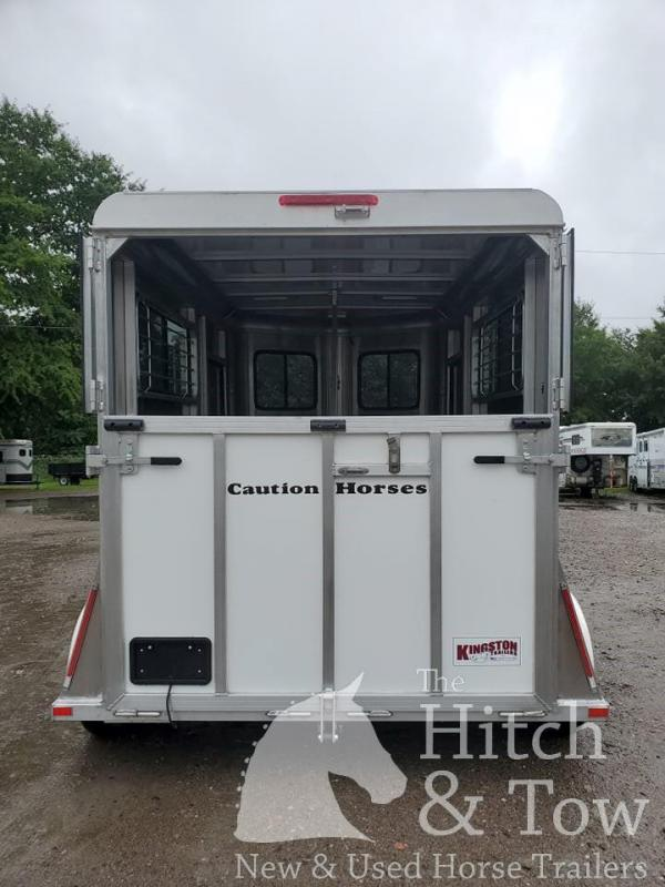 2021 Kingston Trailers Inc. Classic Standard Horse Trailer