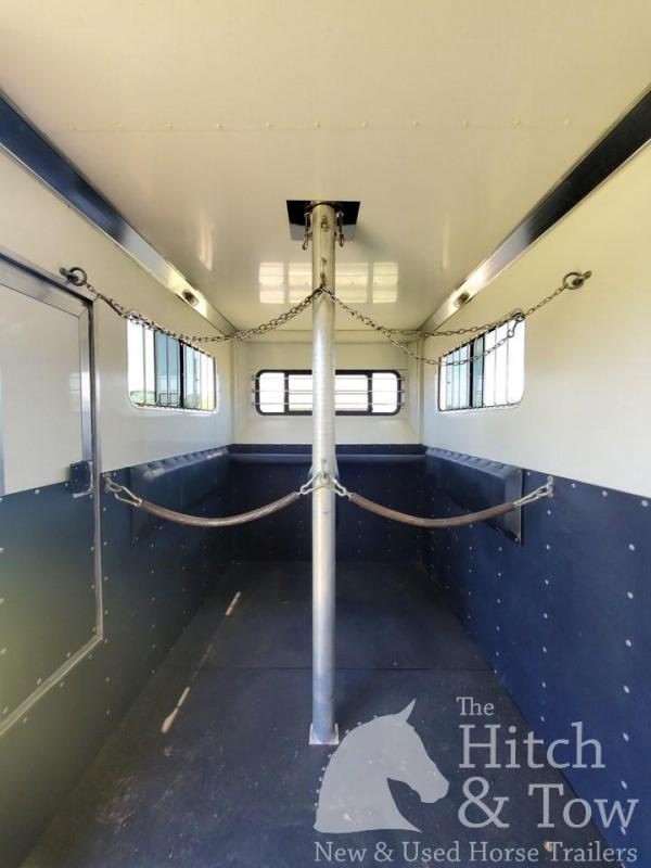 2005 Other Olympian Horse Trailer