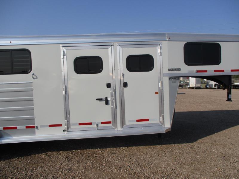 2022 Logan Coach Bullseye Horse Trailer