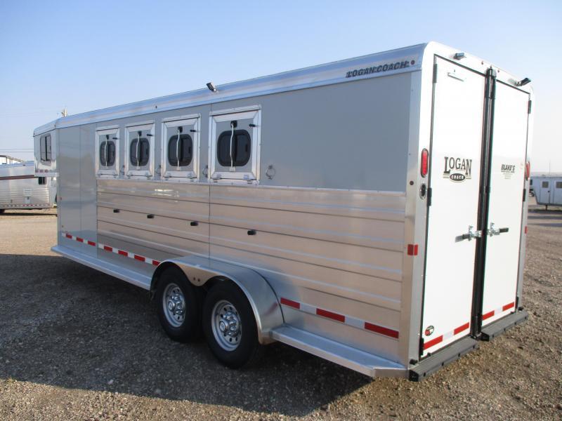2021 Logan Coach Bullseye Horse Trailer