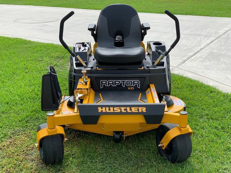 2021 Hustler Raptor XD Zero Steer Mower 60 Deck Lawn Mower