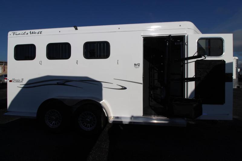 "2019 Trails West Classic II 7' 6"" Tall 3 Horse Trailer w/ Escape Door - Convenience Package -  Aluminum One Piece Roof - Drop Down Feed Doors PRICE REDUCED $500"