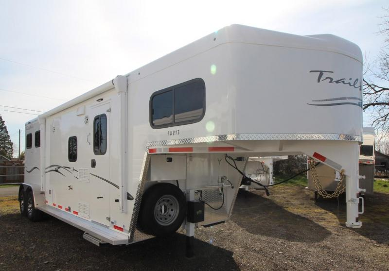 2021 Trails West CLASSIC LQ 2 HORSE TRAILER 8x13 FOLD-UP REAR TACK