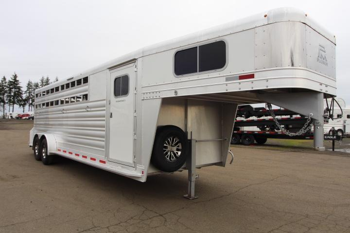 2021 Platinum Coach 24' S/C- Slant Wall 2H Dividers-Center Slam Livestock Trailer