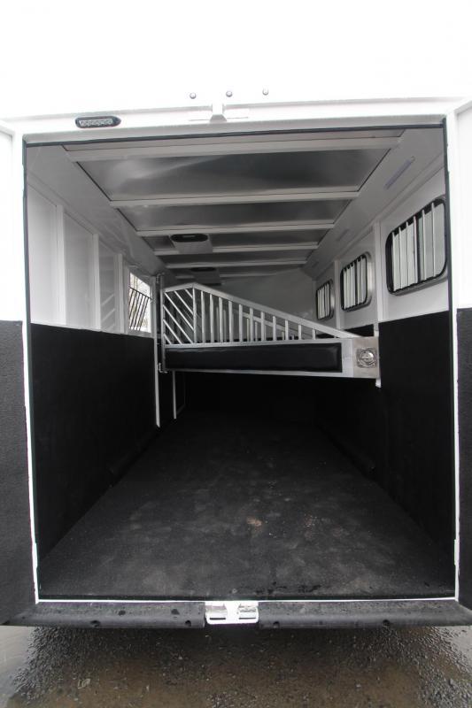 2021 Trails West CLASSIC 3 Horse Trailer - ESCAPE DOOR - CONVENIENCE PKG
