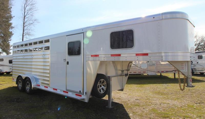 2021 Exiss EXPRESS CX 4 HORSE TRAILER GN- EASY CARE FLOORING