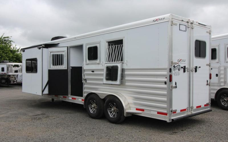 "2019 Exiss Trailers Escape 7310 - 10'6"" Short Wall Living Quarters w/ Slide 3 Horse Trailer PRICE REDUCED $900 - All Aluminum - Easy Care Flooring"