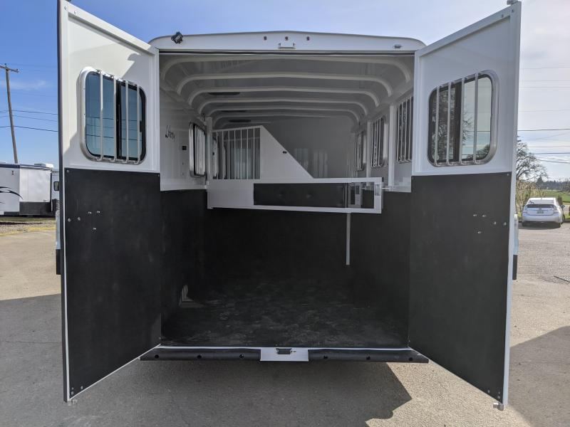 2020 ThuroBilt Liberty 3 Horse Trailer - Warmblood Stalls - Stock Style Airflow Gaps - Spare Tire & Mount - Curbside Escape Door